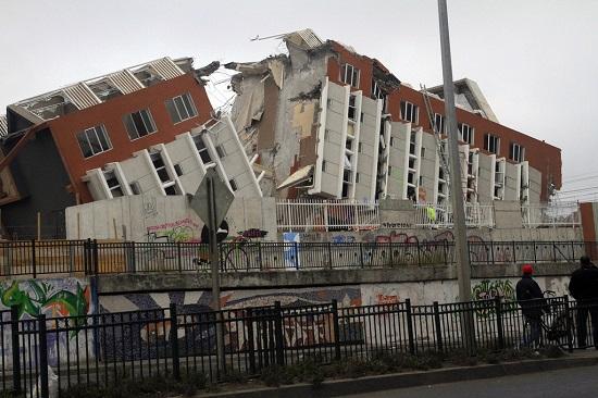 2010 Earthquake in Chile Claudio Nunez