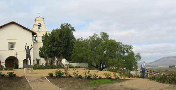 San Juan Bautista Mission on the San Andreas Fault line