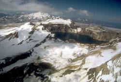 Katmai caldera, USGS